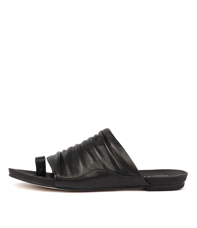 JAVAN Sandals Black Leather