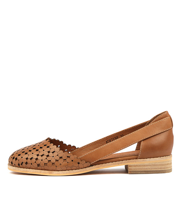 ADRIENE Flats Tan Leather