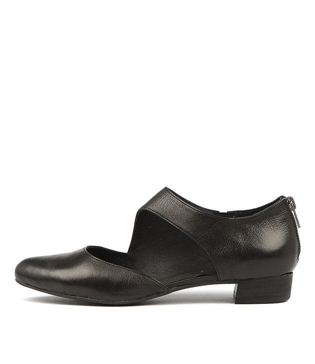 EARHART Flats Black Leather