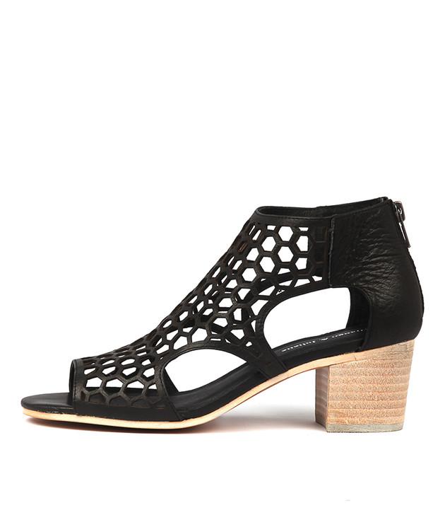 BOSTIK Heeled Sandals in Black Leather