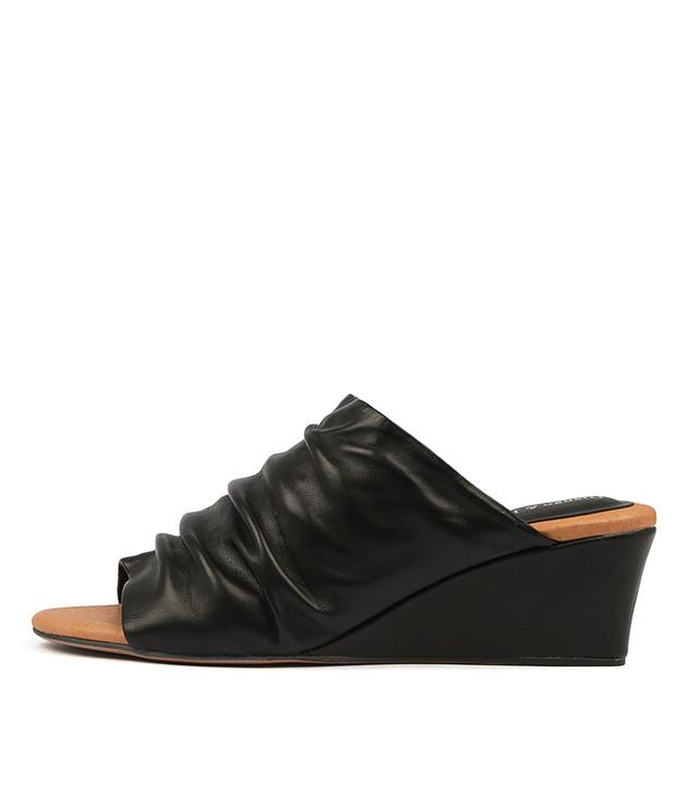 LORENA Wedge Sandals in Black Leather