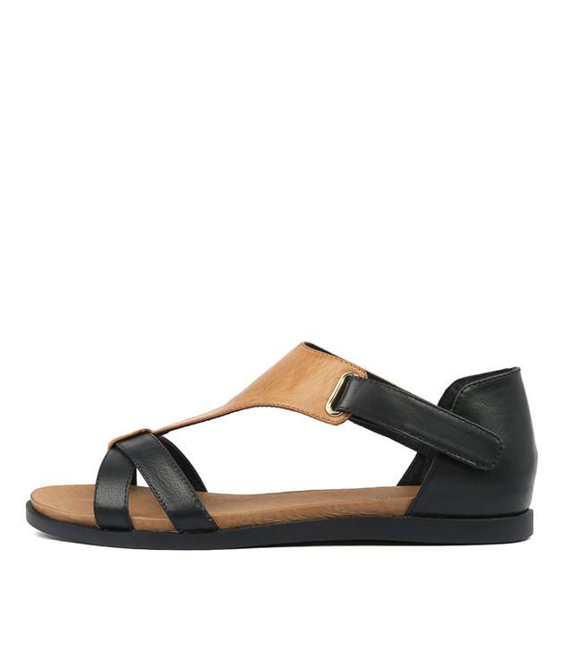 HOBERT Sandals in Navy/ Tan Leather