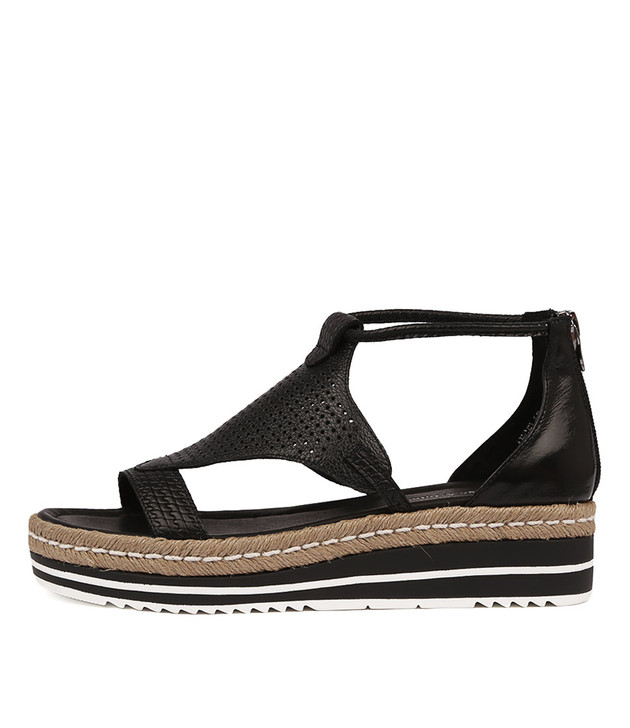 ANGELIC Flatform Sandals in Black Leather