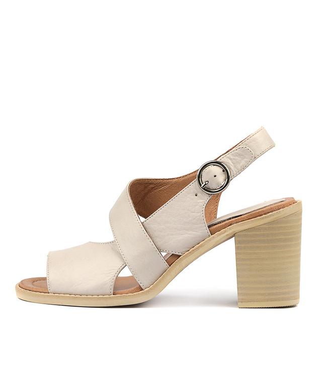 TAVARIS Heels Sandals Nude Leather