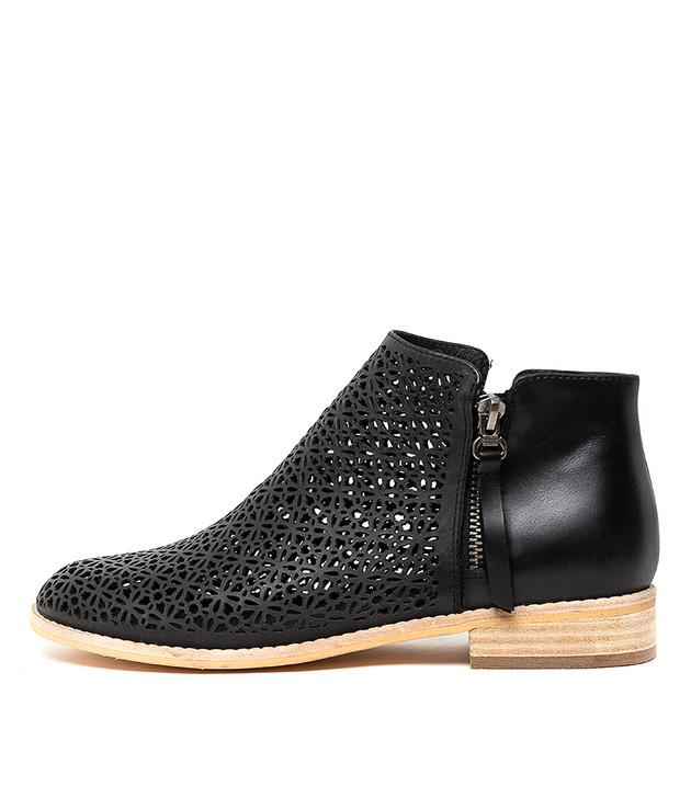 ARLENAS Boots Boots Black Leather