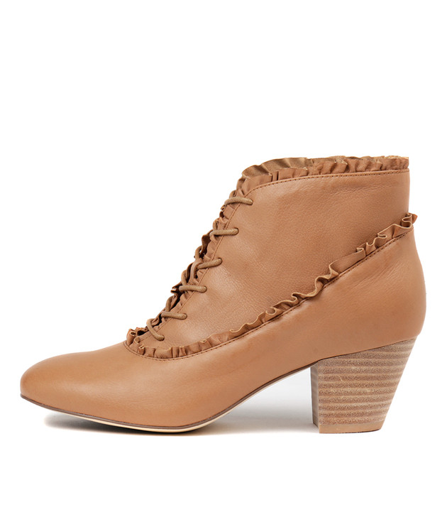 HAILIE Boots Tan Leather