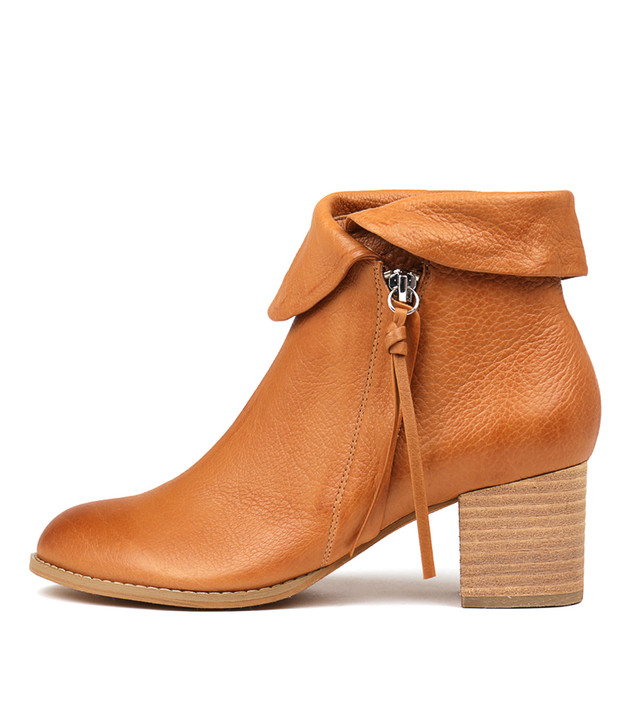SHAREEDS Boots Dark Tan Leather