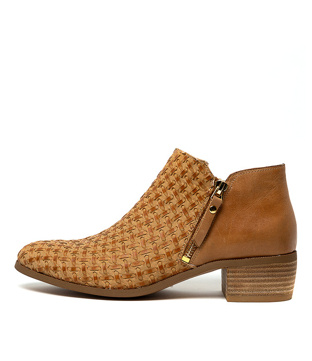 VENNIE Ankle Boots in Tan Weave Leather