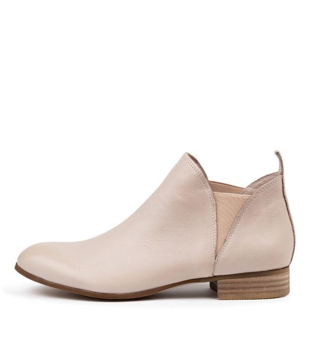 FOE Boots Nude Leather