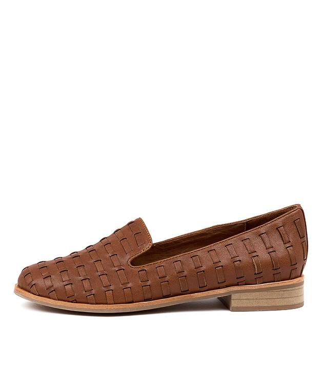 ARNO Flats Tan Leather
