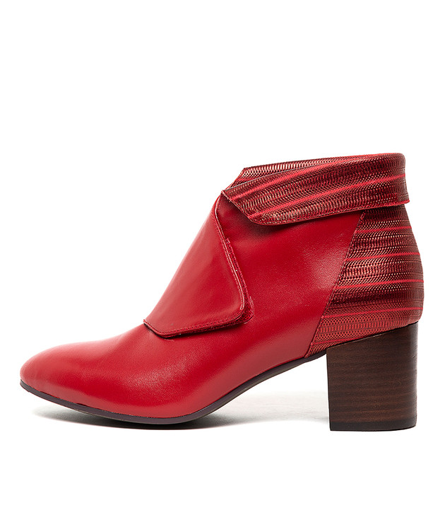 RAYANS  Red Metal Leather