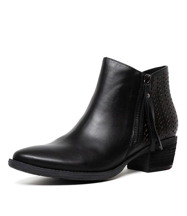 SHAN  Black Leather