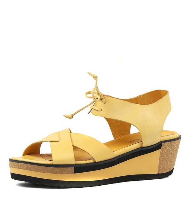 DELPHA  Yellow Leather