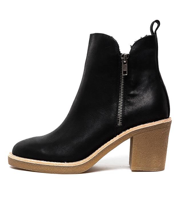 KLOUIE  Black Leather