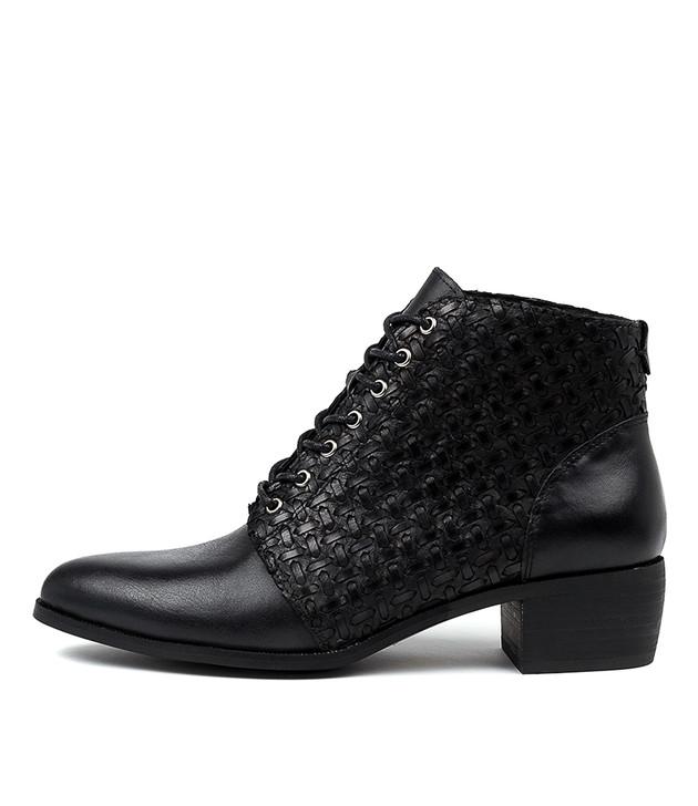 VIRGIE  Black Leather