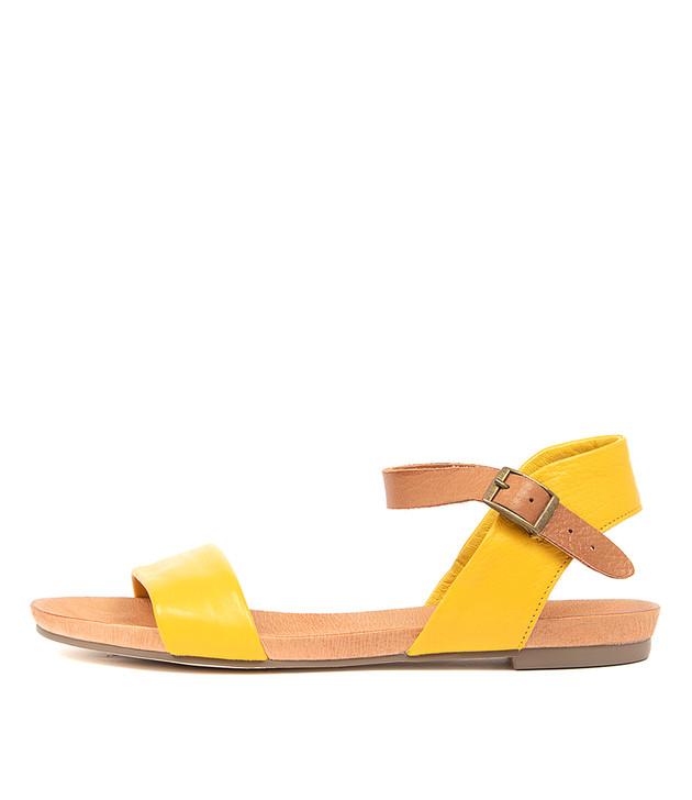 JINNIT  Yellow Tan Leather