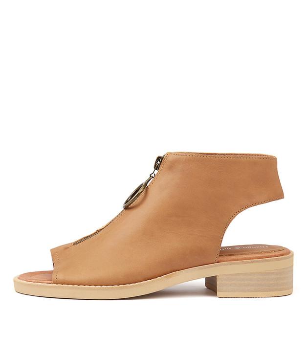 RESIGN Tan Leather