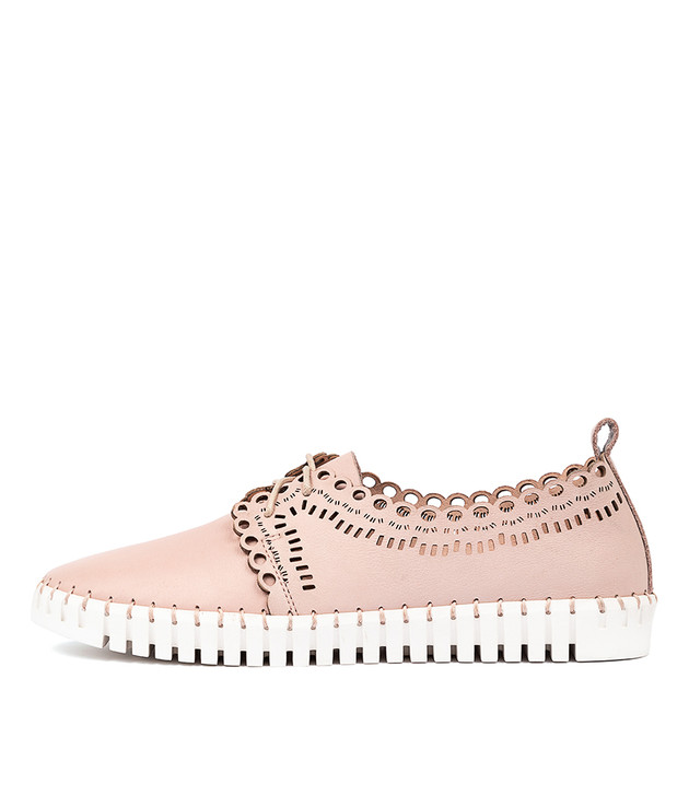HEENEY  Pale Pink Leather