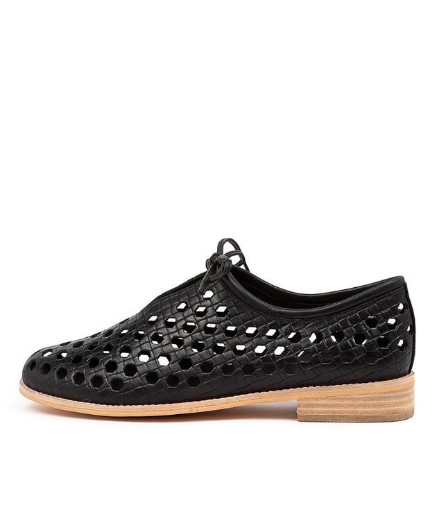 AMYA  Black Leather