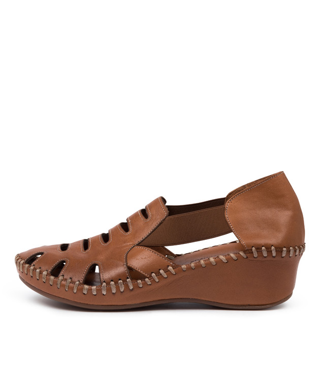 MOSSIE Flats Tan Leather