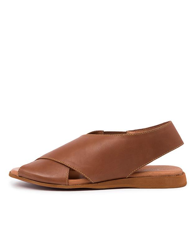 AMARISS Tan Leather