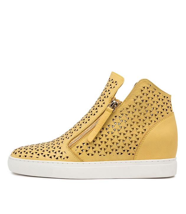 GERDA Light Yellow Leather