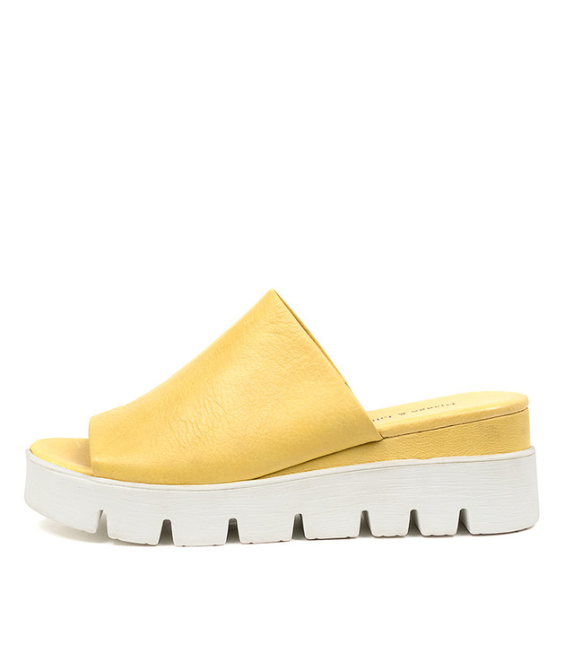 RYNESS Light Yellow Leather