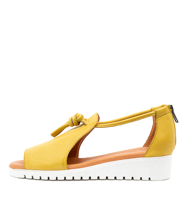 MELVIN Light Yellow Leather