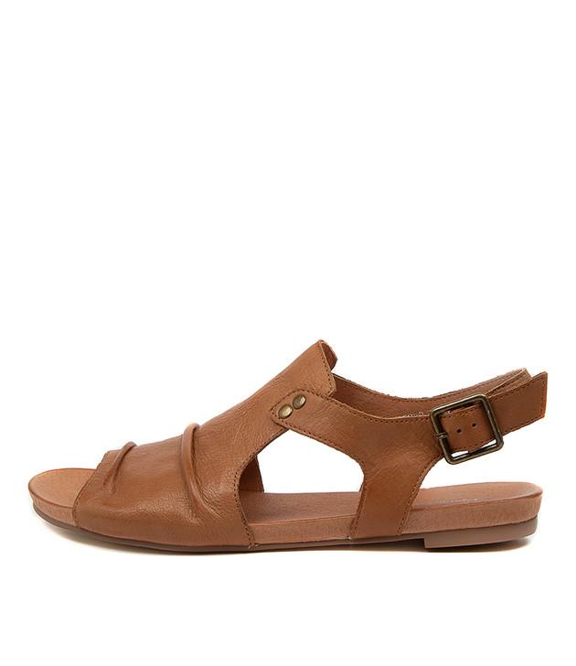 JERED Dark Tan Leather