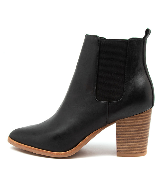 TUCSON Black Leather