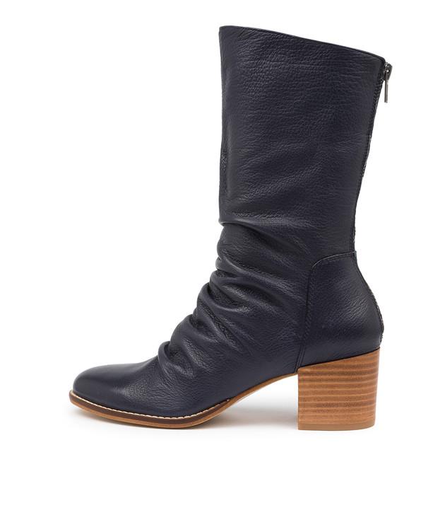 MIZZLY Navy Leather