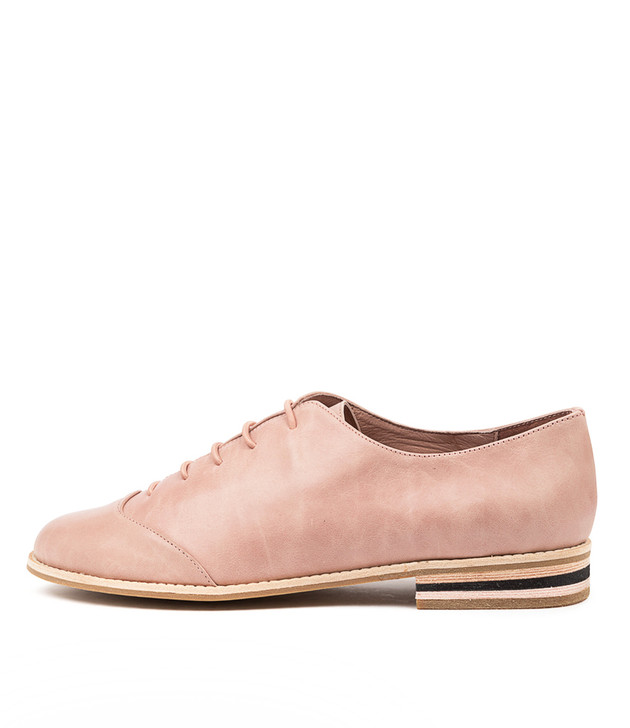 AGILE Blush Leather