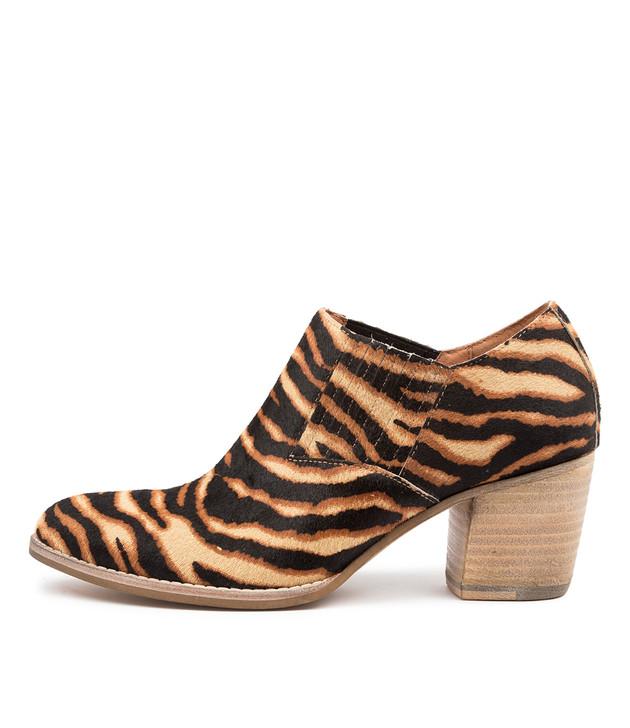 BETHZY Tan Zebra Leather