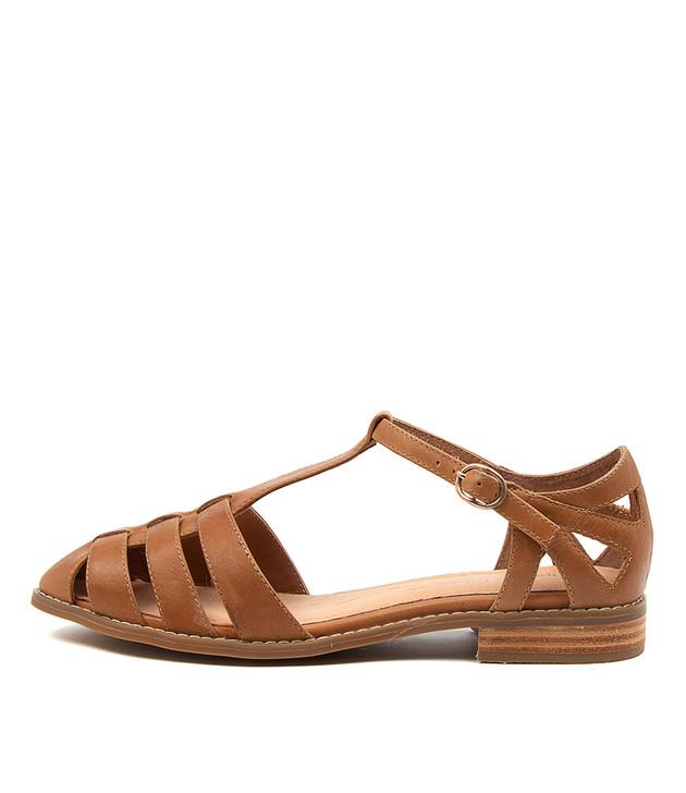 LIONEL Tan Leather