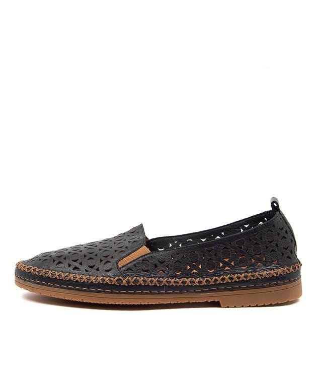VIGOR Navy Tan Leather