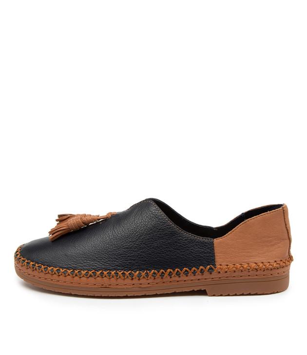 VIMMY Navy Dark Tan Leather