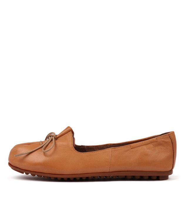BALLAD Tan Leather