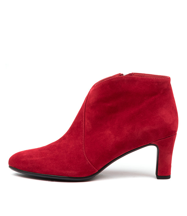 TEMPLESS Red Red Suede