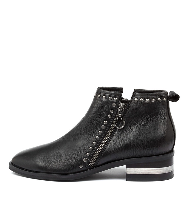 FIRMA Black Heel Leather