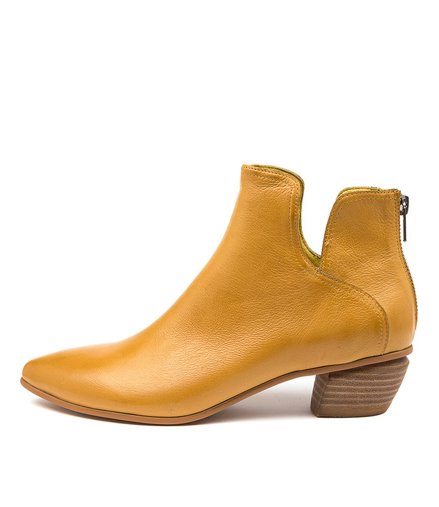 NITPICK Yellow Leather