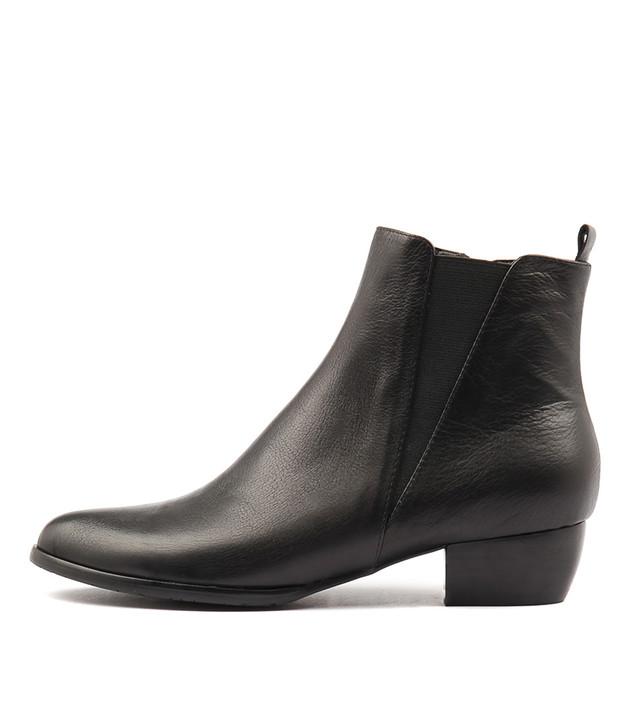 TATES Black Leather