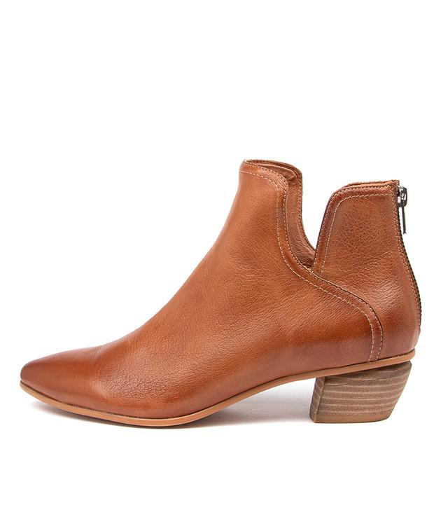 NITPICK Tan Leather