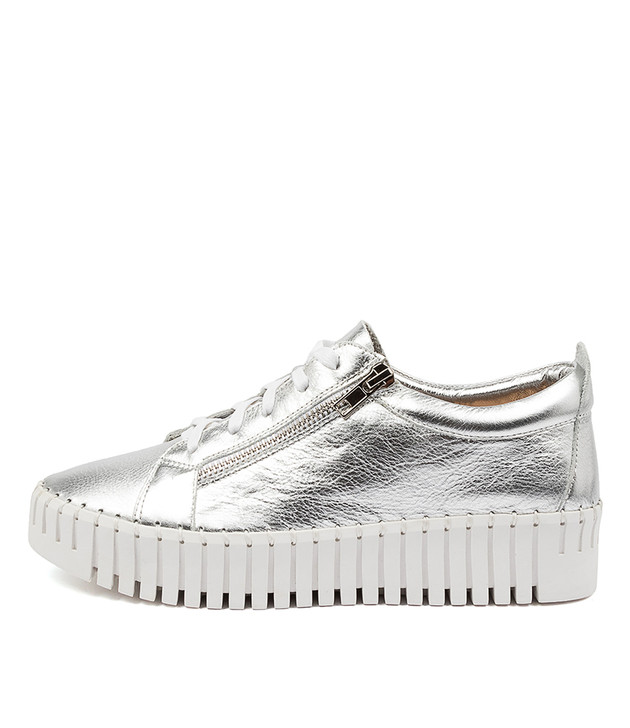BUMP Silver Leather