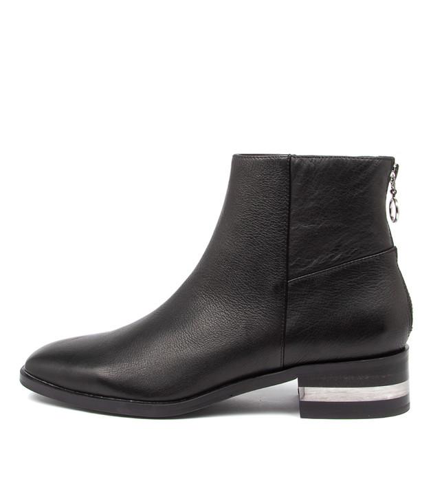 FLAVOR Black-Black Heel Leather