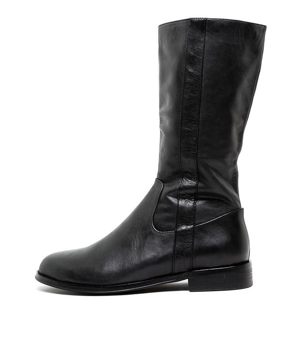 YESSENIA Black Leather