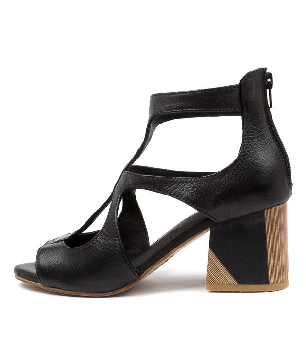VELMAN Black Leather