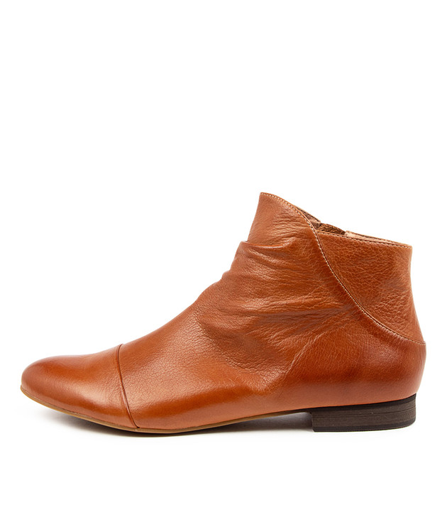 GALA Tan Leather