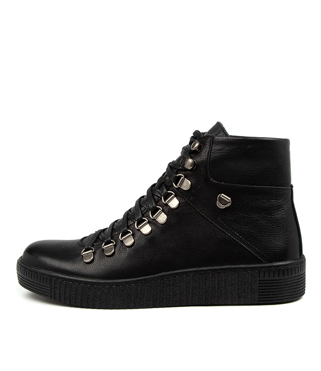 TONCA Black Leather