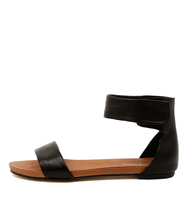 JUZZ Flat Sandals in Black Leather
