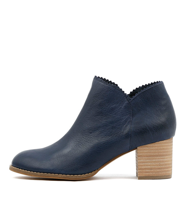 SHARON Ankle Boots in Navy Leather